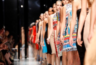 Photo by Valerio Mezzanotti / NowFashion © 2010 Versace Fashion Show Ready to Wear, Spring Summer 2011