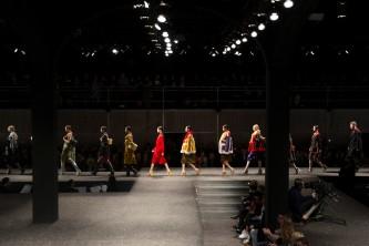 Social Media in Fashion Industry 5